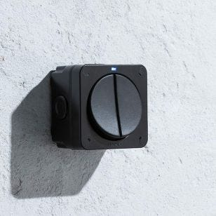 20AX Outdoor 2 Gang 2 Way Switch - Black